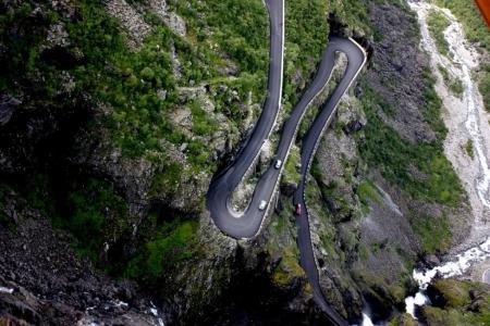 norvegia-strada-turistica-panoramica-dei-troll-norvegesi