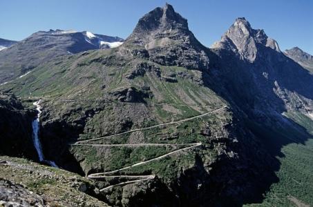 strada-dei-troll-norvegia