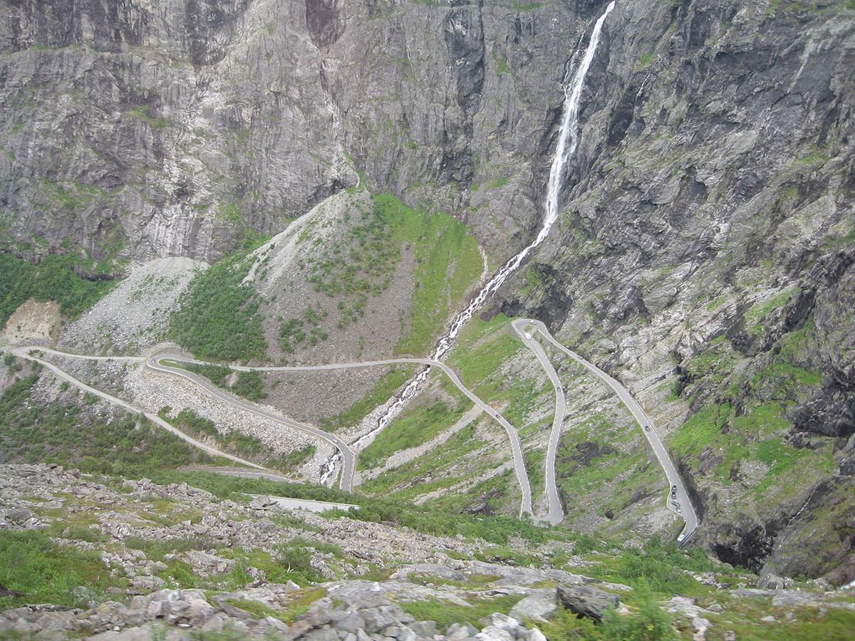 strada-pericolosa-norvegese