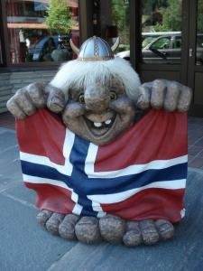 troll-norvegia-bandiera